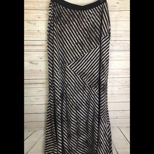 Bobeau abstract grey black stripe maxi skirt 2X